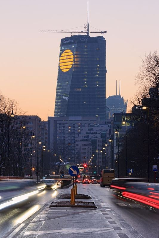 Nowa Warszawa Q22 slonce (6)