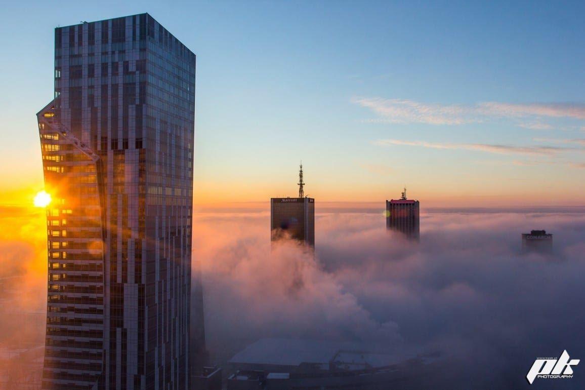 Złota 44 Nowa Warszawa mgła