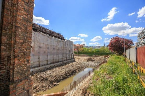 Budowa na terenie zabytkowej przestrzeni EC Powiśle.