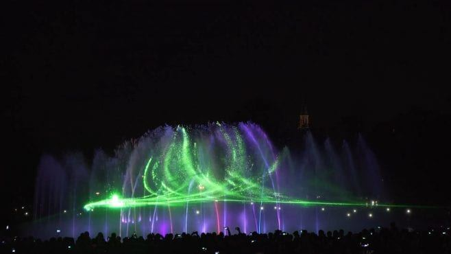 multimedialny-park-fontann-caly-pokaz-18
