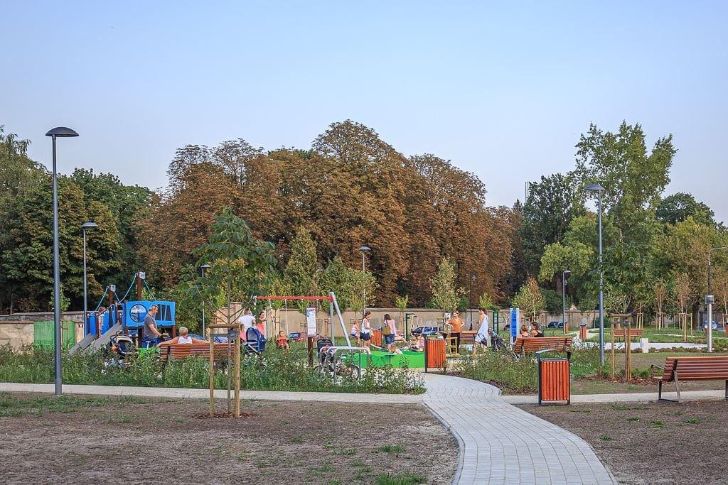 Opis pierwotnego rynku mieszkaniowego w Warszawie na koniec 2019 roku