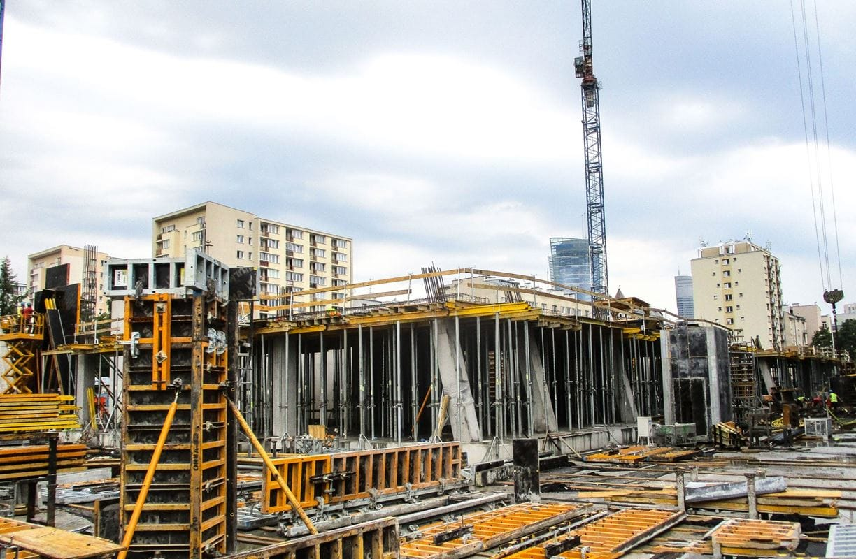 chmielna-89-budowa-17082018-1