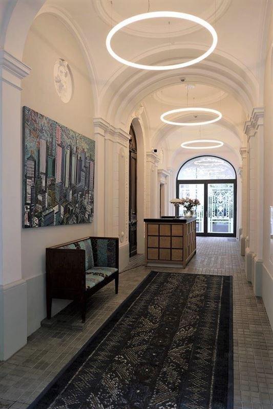 hoza-42-portiernia-wykladzina-atelier-perse-by-christian-lacroix-ege-carpet-studio-mat-made-concept-1