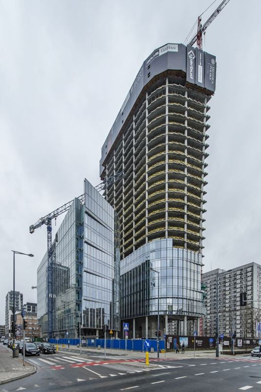 mennica-legacy-tower_budowa