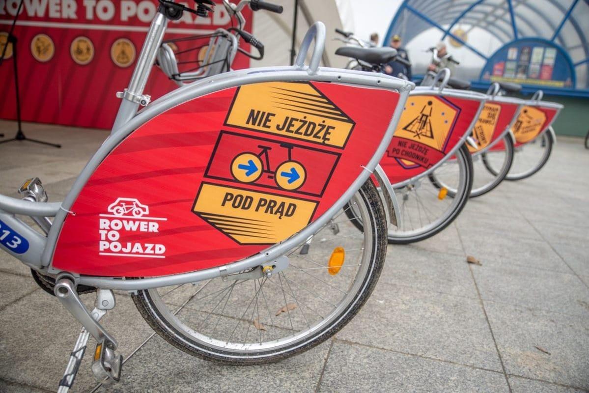 hasla-kampanii-rower-to-pojazd-pojawia-sie-m-in-na-rowerach-veturilo