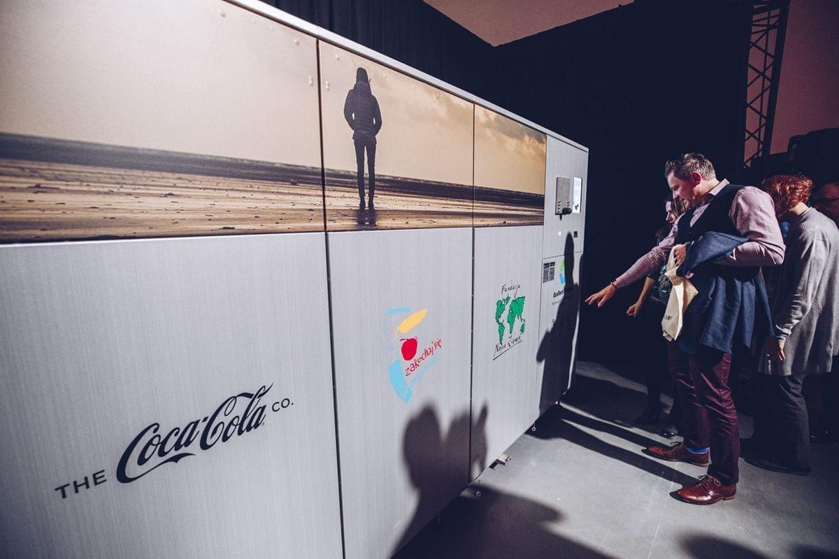 Warszawa Muzeum Sztuki Nowoczesnej Coca Cola Wciazzmieniamy