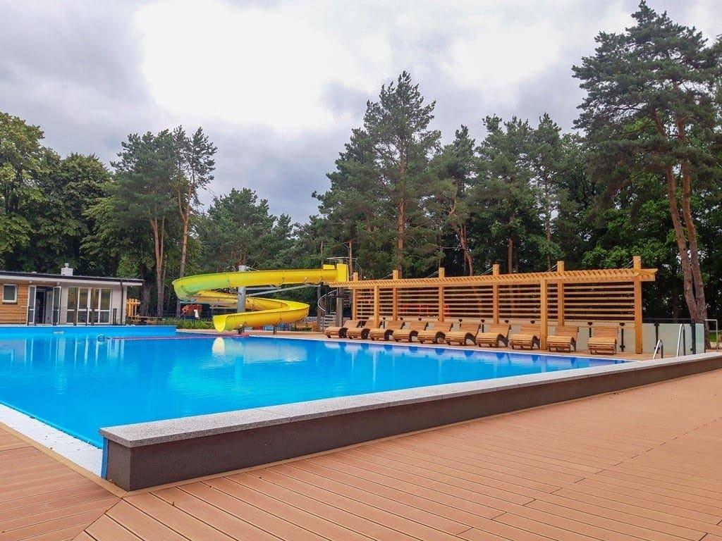 basen-w-parku-kultury-w-powsinie-czeka-na-pierwszych-gosci