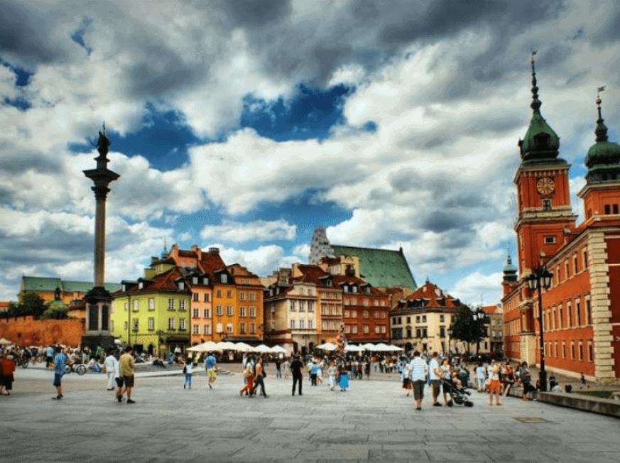 fot. Stare Miasto jest wg turystów na szczycie listy atrakcji stolicy. Fot. J.Słonecka