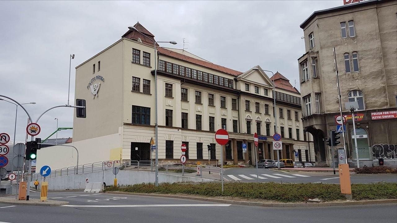 budynek-poczty-polskiej-pocztowa-9-katowice