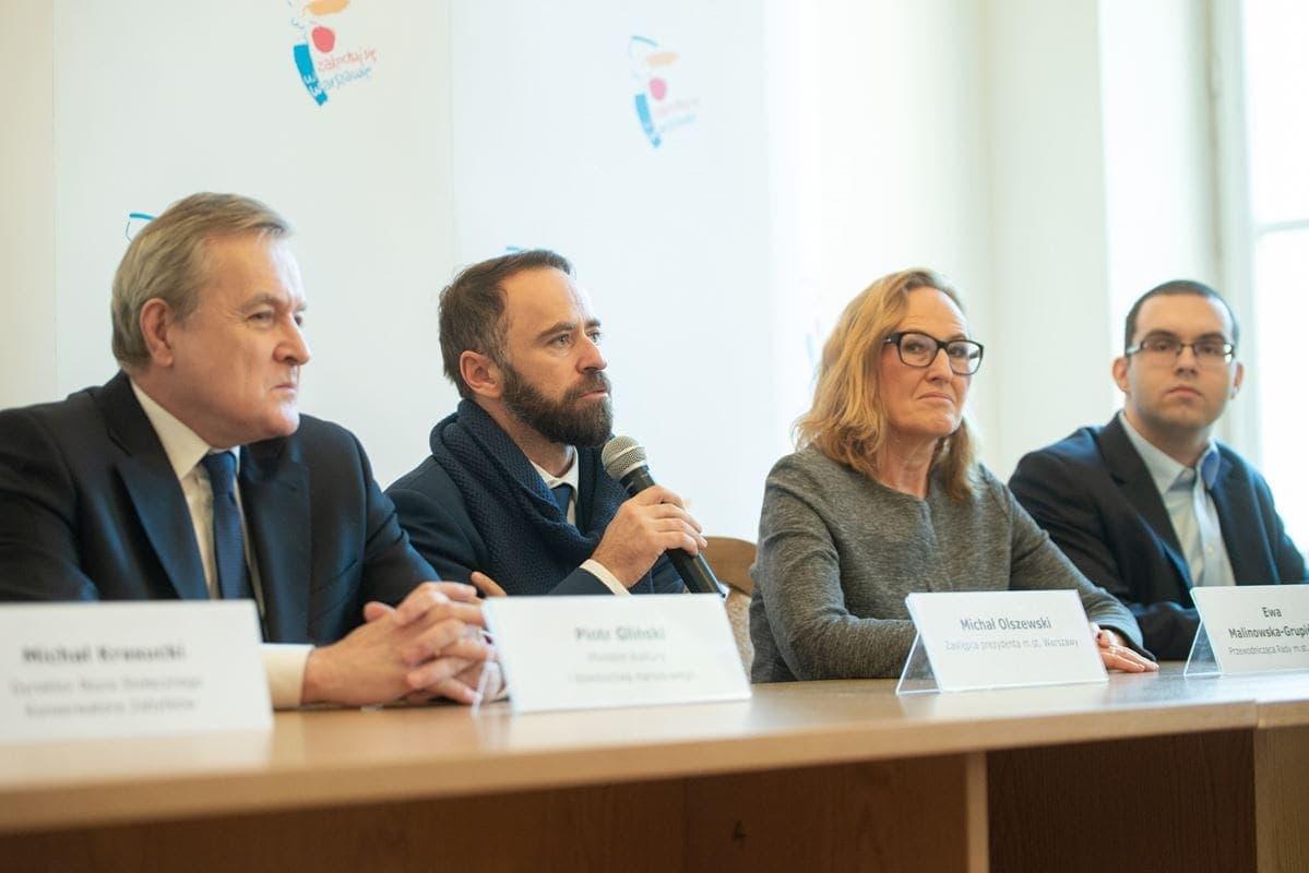 konferencja-prasowa-nt-konkursu-na-pomnik-fot-e-lach-3