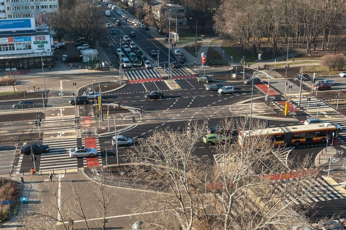 przebudowane-skrzyzowanie-al-niepodleglosci-i-s-batorego-fot-zarzad-drog-miejskich